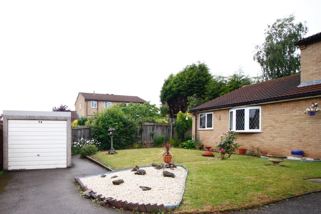 2 Bedrooms Property for sale in Sefton Close, Burton-On-Trent